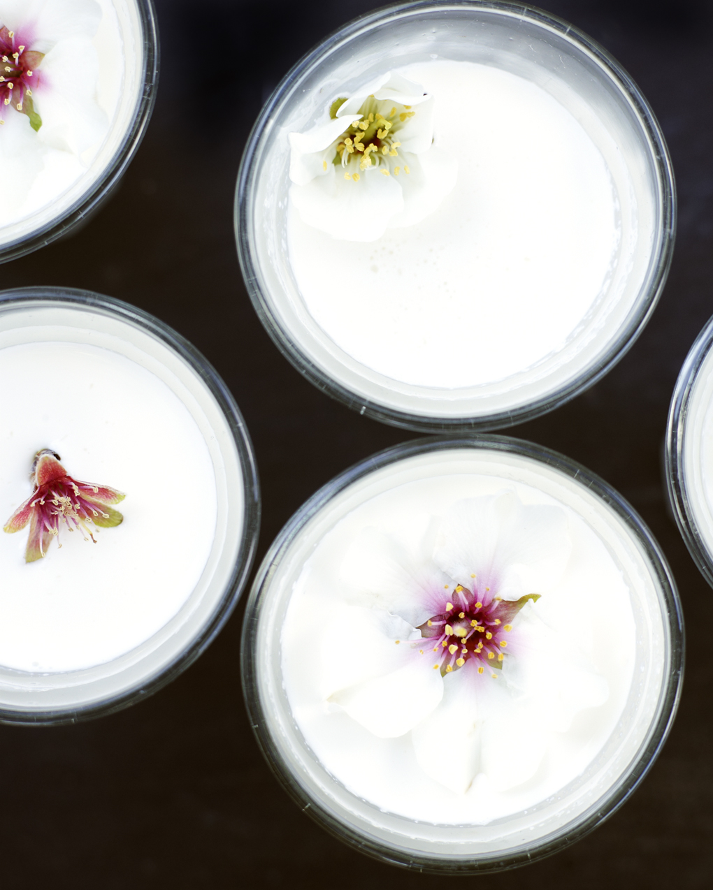 almond milk-CF011322