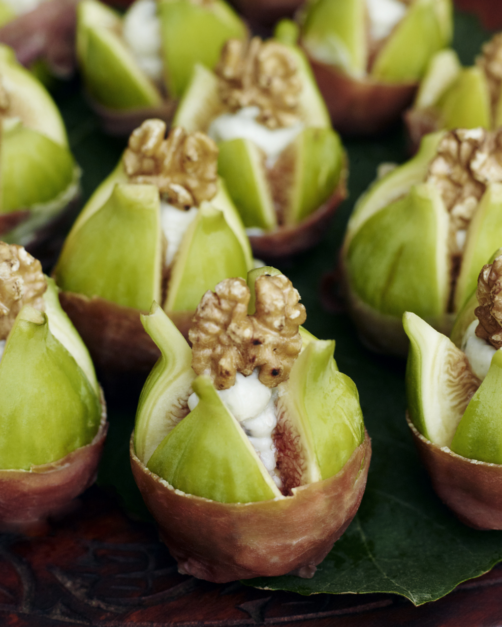gorgonzola filled figs-CF084643