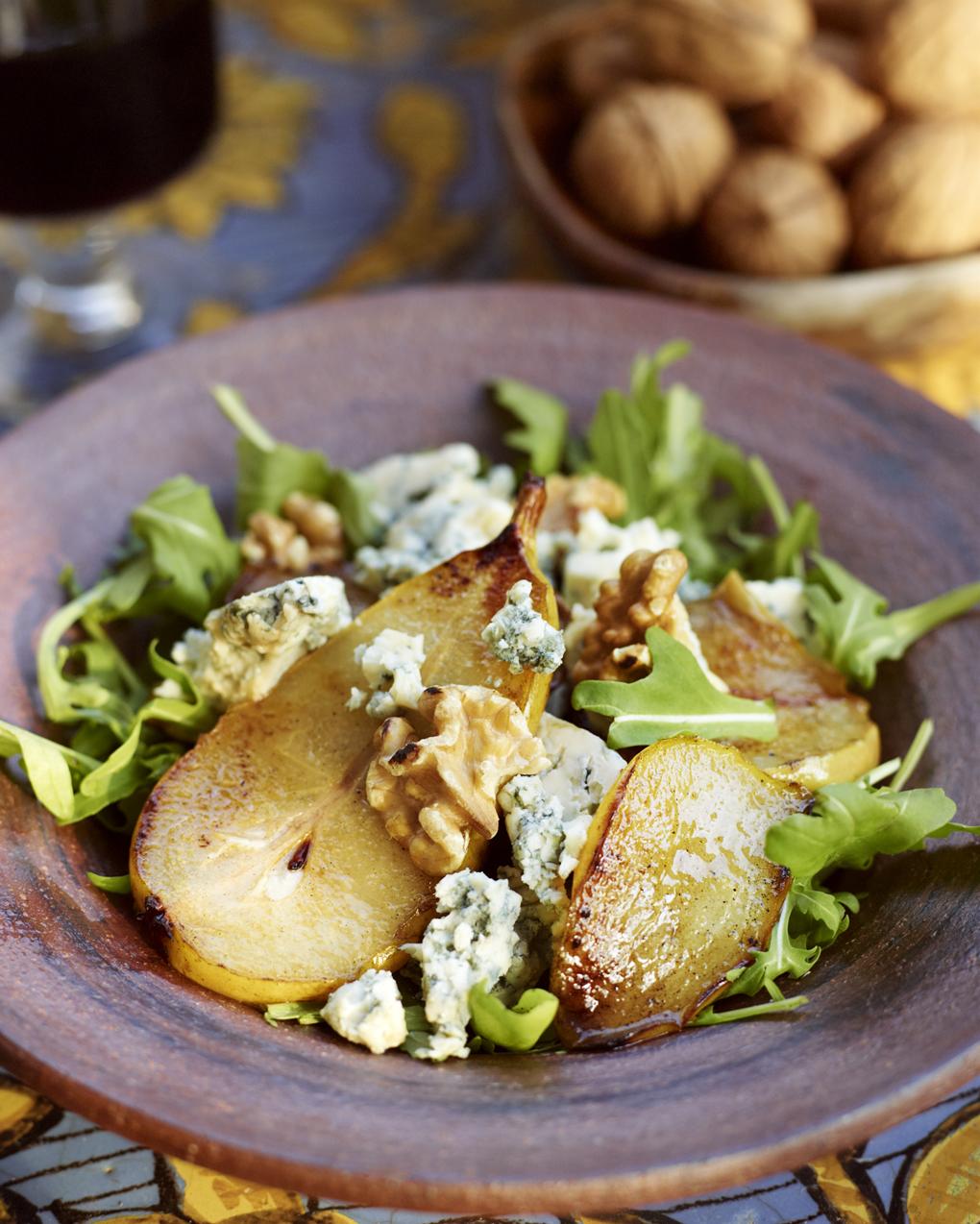 pearandwalnutsalad