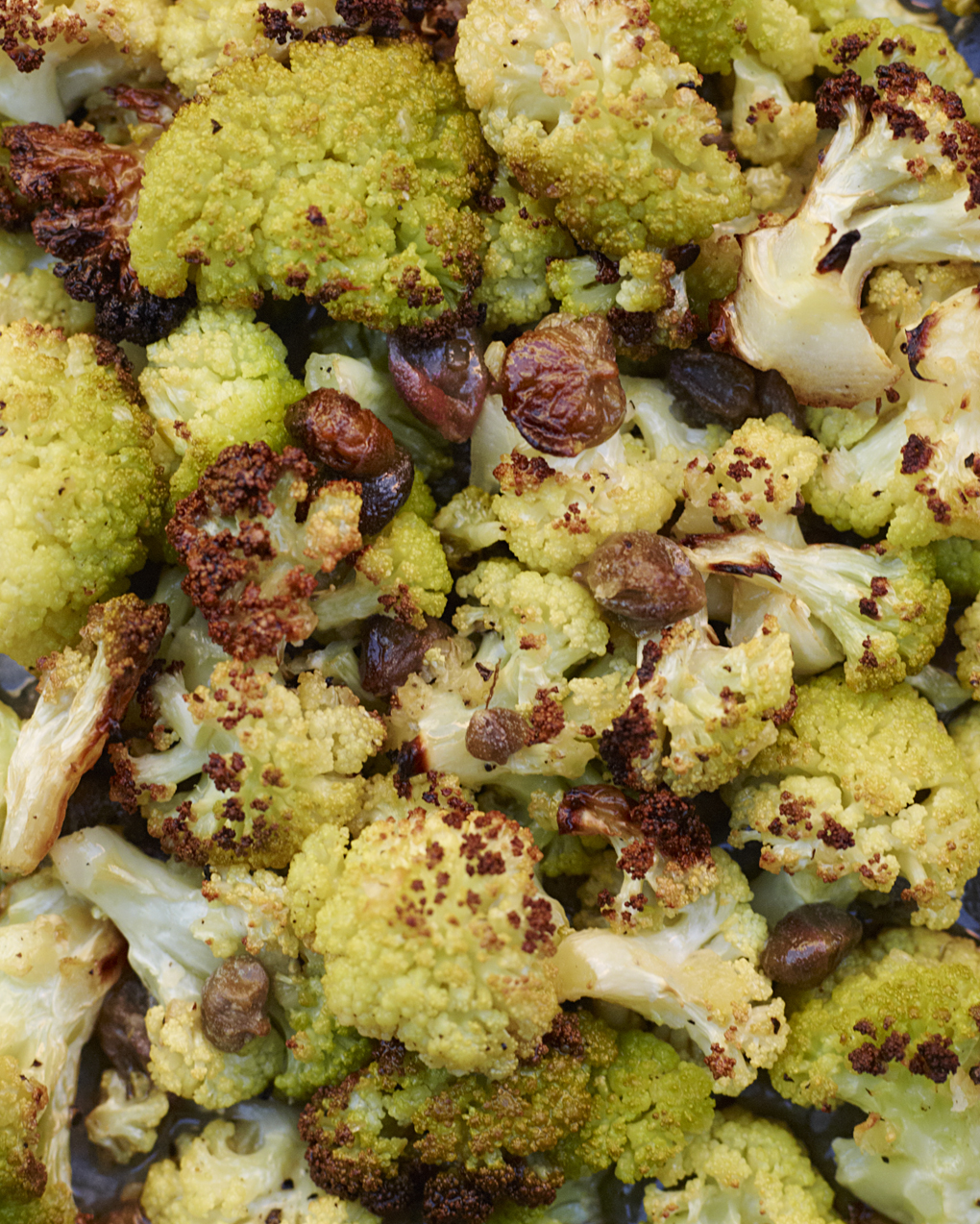 Pasta with cauliflower and capers - Under the Almond Tree